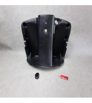 Tablier intérieur ( partie supérieur) avec son accroche sac scooter chinois 4T (LAZIO RENO) Accueil sur le site du spécialist...